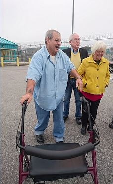 Joe Giarratano leaves prison after being released Dec. 20